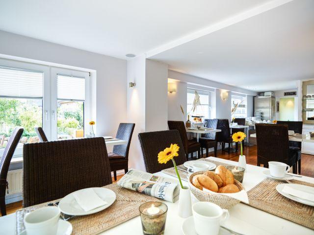 angebote hotel long island house sylt gemeinde sylt. Black Bedroom Furniture Sets. Home Design Ideas
