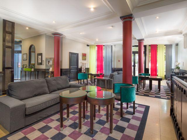 angebote hotel claret paris g nstig online buchen. Black Bedroom Furniture Sets. Home Design Ideas