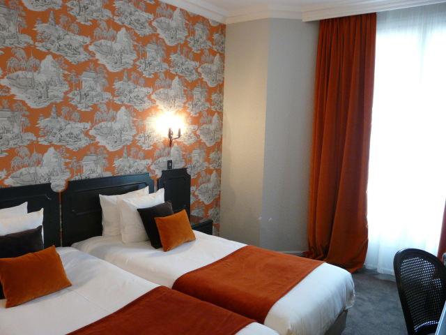 angebote hotel victor hugo paris kl ber paris g nstig. Black Bedroom Furniture Sets. Home Design Ideas