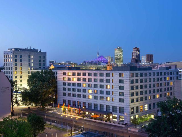 angebote maritim hotel berlin berlin mitte g nstig. Black Bedroom Furniture Sets. Home Design Ideas