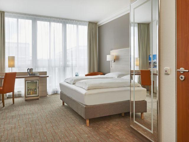 angebote h hotel berlin mitte berlin mitte g nstig. Black Bedroom Furniture Sets. Home Design Ideas