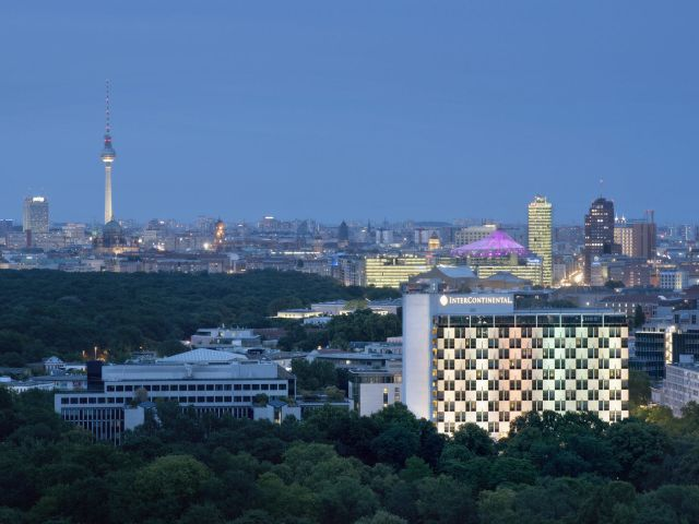 angebote intercontinental berlin berlin mitte g nstig. Black Bedroom Furniture Sets. Home Design Ideas