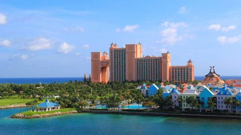 The Beach At Atlantis Paradise Island Holidaycheck Bahamas Bahamas